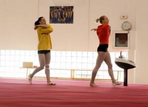 Sandra Izbasa si Catalina Ponor la antrenament