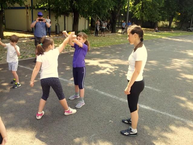 Antrenament gratuit de arte martiale pentru copii