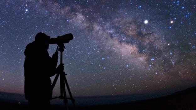 Zece premii pentru olimpicii romani participanti la Olimpiada Internationala de Astronomie si Astrofizica