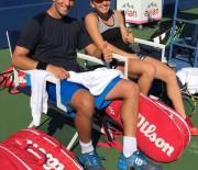 Simona Halep si Horia Tecau s-au calificat in turul doi la dublu mixt la US Open