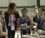 Nadia Comaneci, alaturi de gimnastele noastre