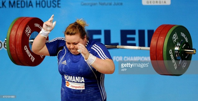 Aandreea Aanei, trei medalii de aur la Europenele de haltere