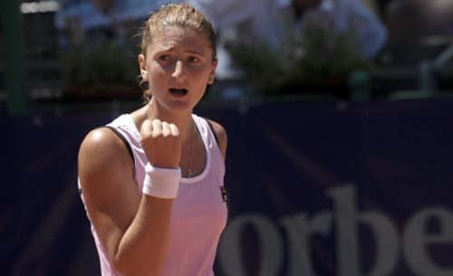 Irina Begu s-a calificat in runda a doua a turneului WTA Premier de la Charleston (Carolina de Sud)
