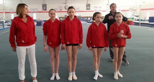 "Patru tinere gimnaste din Romania, la ""Nadia Comaneci Invitational"""