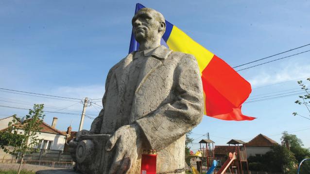 Povestea românului care a avut cu ce imortaliza Unirea. Fotograful care a lăsat mărturie întregirea țării nu și-a îndeplinit marele vis